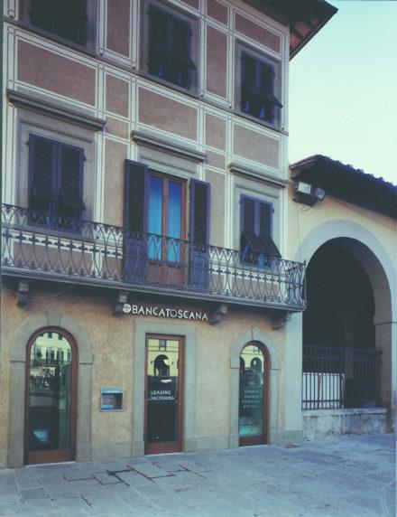 Fronte. Progettazione per ampliamento e ristrutturazione Banca Toscana Impruneta