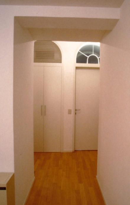 Porte ingresso. Casa colonica a Montale.